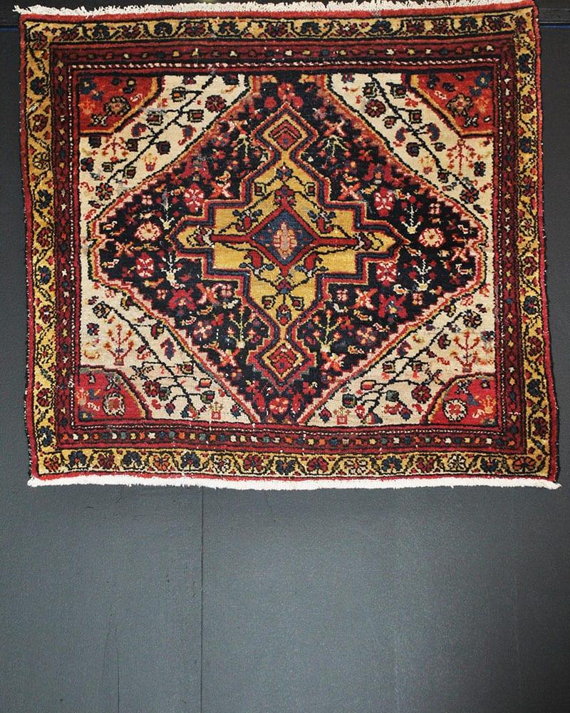 FR4061- Antique Persian Hamedan 3'0X3'2